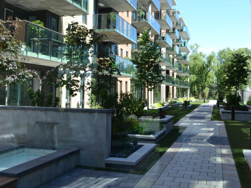 Cadres et portes intérieurs - Condominiums